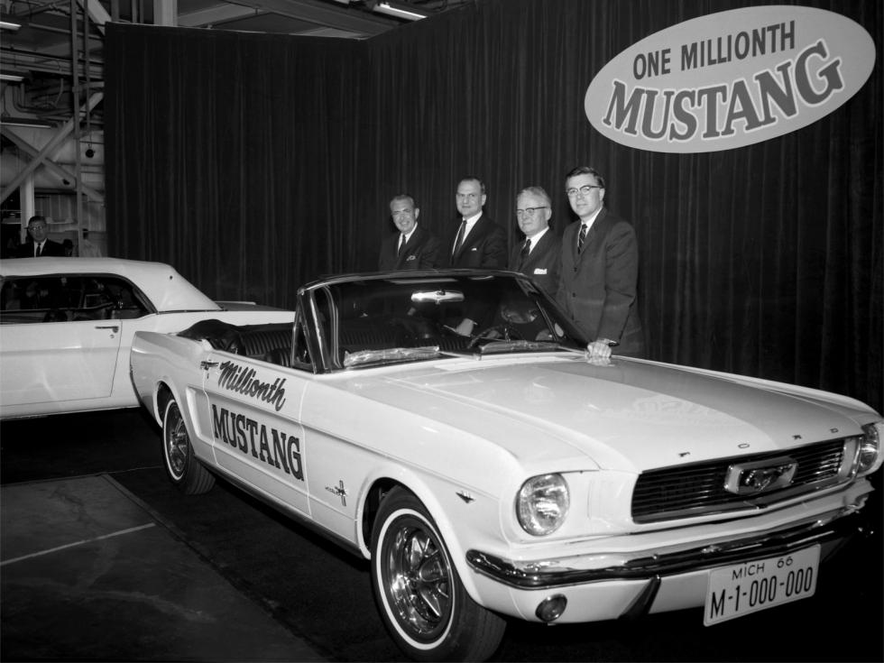 Ford Mustang 1000000